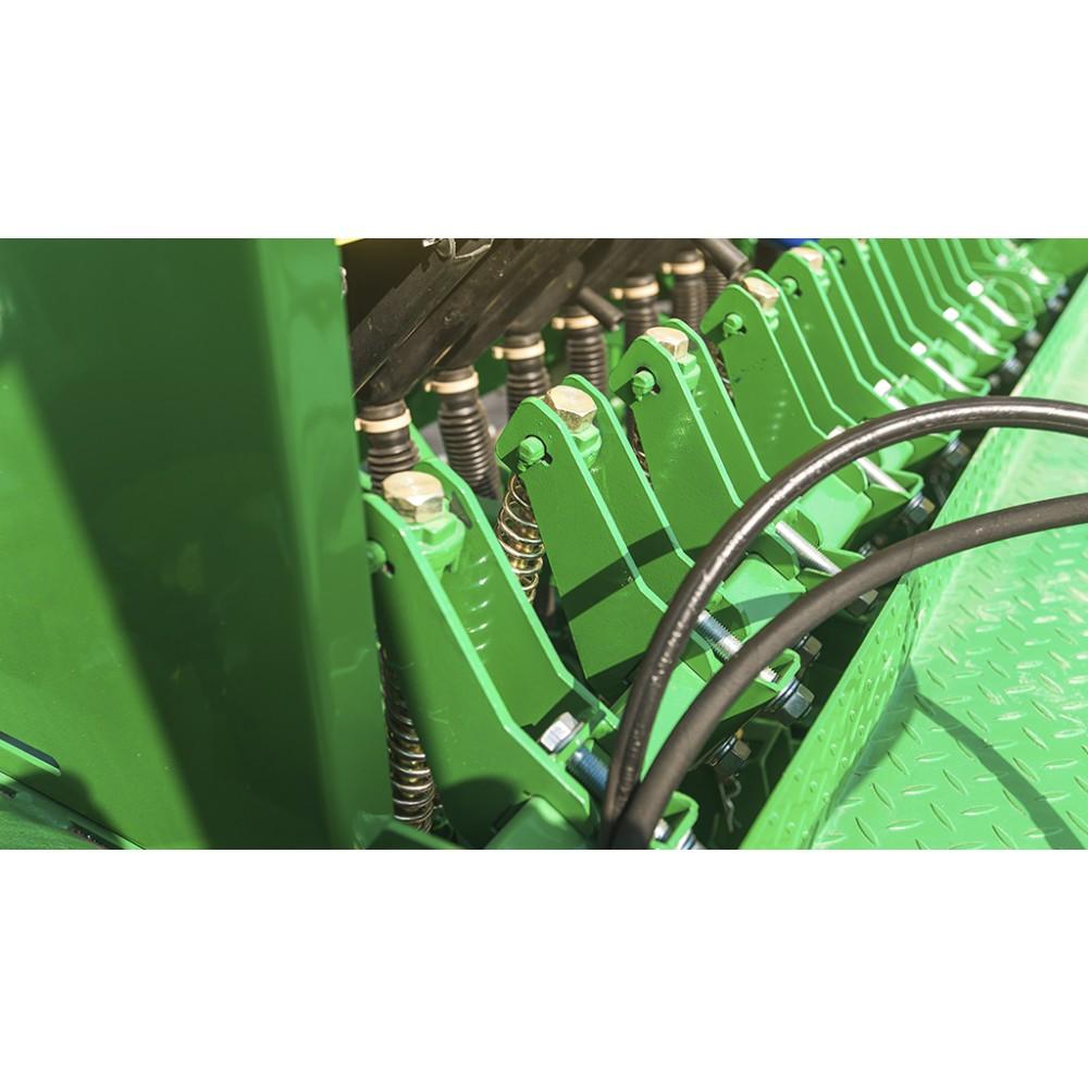 Сеялка зерновая Titan 420